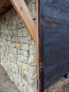 Wood / Stone
